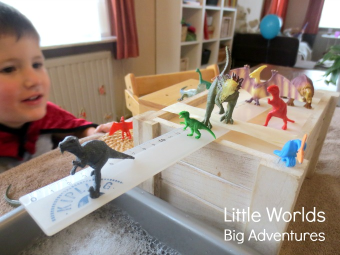 Jump & Wash! A Simple Dinosaur Sensory Play Idea