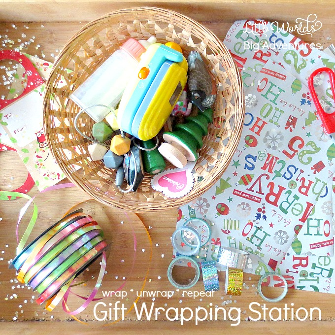 Mini Christmas Gift Wrapping Station