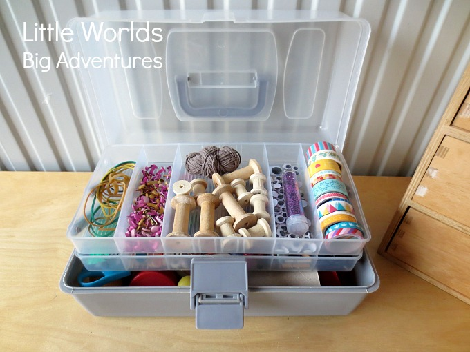 How to Put Together a Portable Tinkerbox for Creative Play