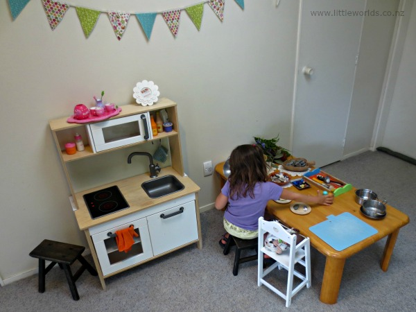 Image Playing with Loose Parts at Home: play kitchen