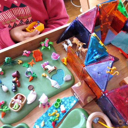 How to Create a Loose Parts Small World with Toys