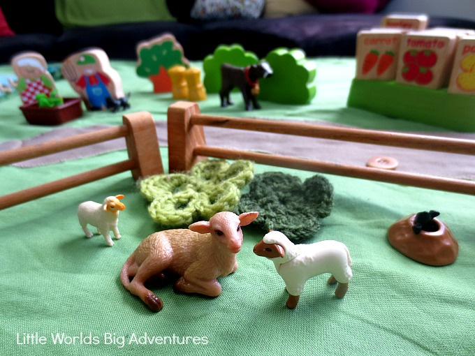 How to Set up an Old MacDonald had a Farm Story Basket